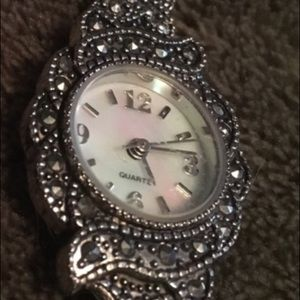 Accessories - ♦️3 for $15♦️Antique style watch